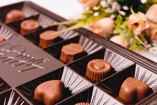 青酸コーラ無差別殺人事件後のチョコレート事件