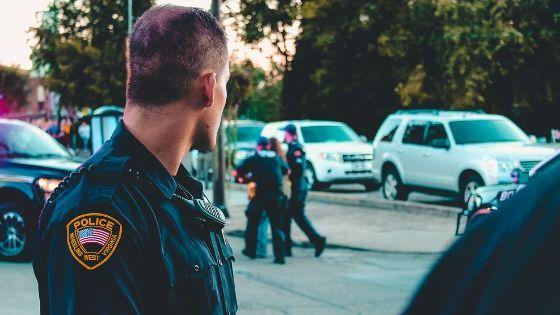 ジョンベネ殺害事件は警察の不祥事で多くの証拠は消え、未解決事件に繋がっていった