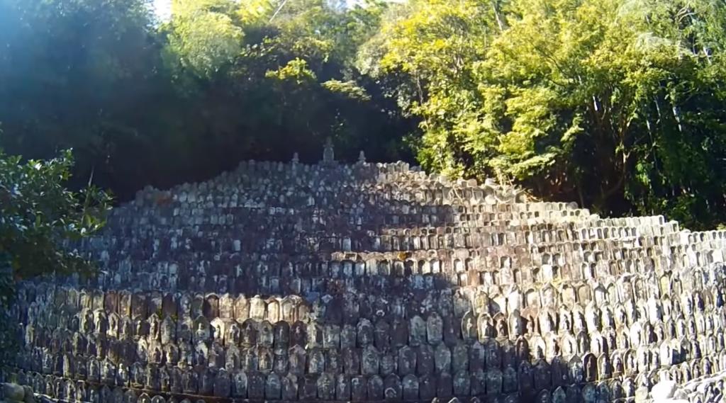 徳島県の心霊スポットの「桂林寺 無縁聖霊墓地」