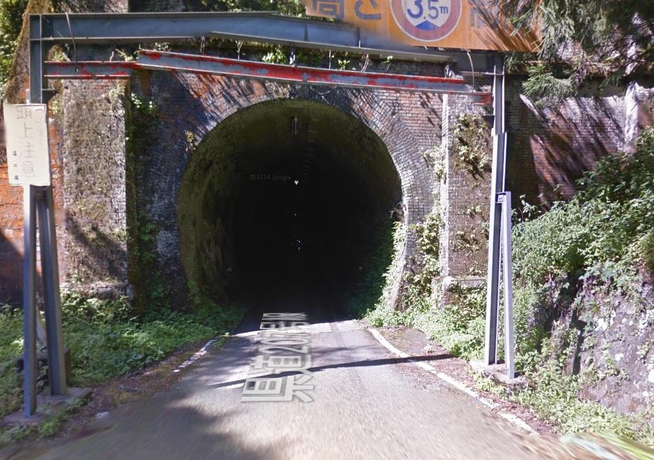 福井県の心霊スポット「山中トンネル」