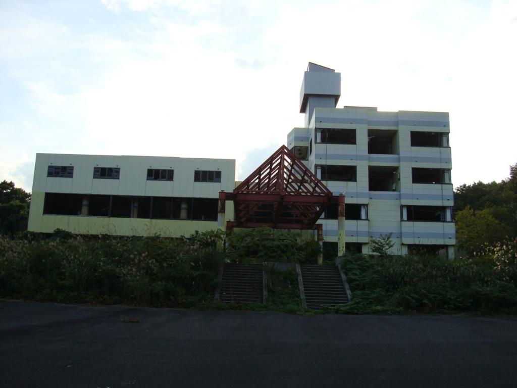 青森県の心霊スポットの「スペース21」